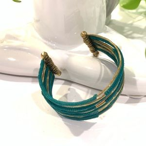 Jewelry - 🍃Teal & Gold Fun Summer Bracelet 🍃